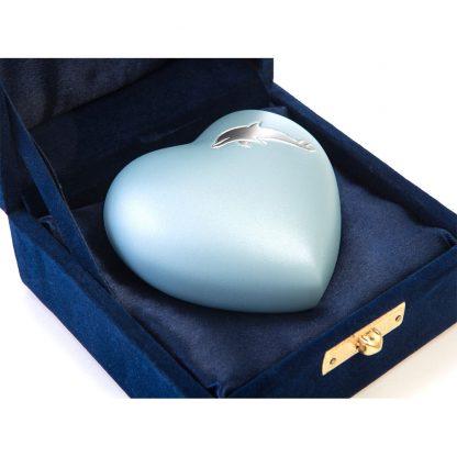 Aria Dolphin Heart